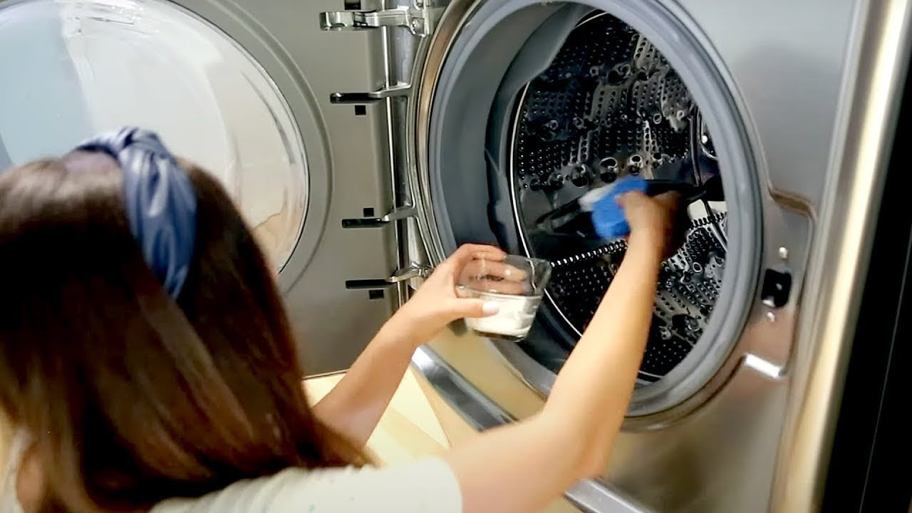 How to Clean Your Washing Machine (Cleaning Motivation)