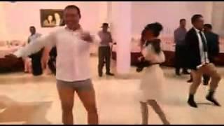 Голые танцы в Казахстане)