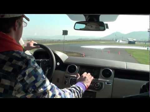 Land Rover Roadshow 2012 - Libor a Discovery 4 na okruhu