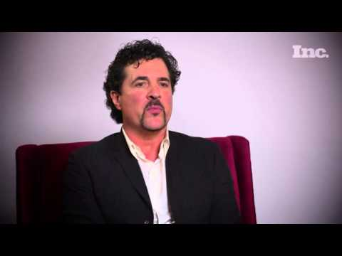 How Scott Borchetta Discovered Taylor Swift!