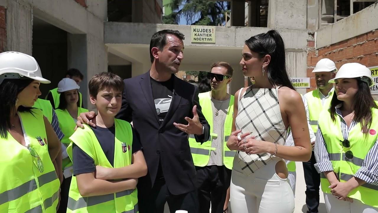"""Download Top Channel/ Dua Lipa i bashkohet nismës së Bashkisë së Tiranës """"Adopto një Kopësht"""""""