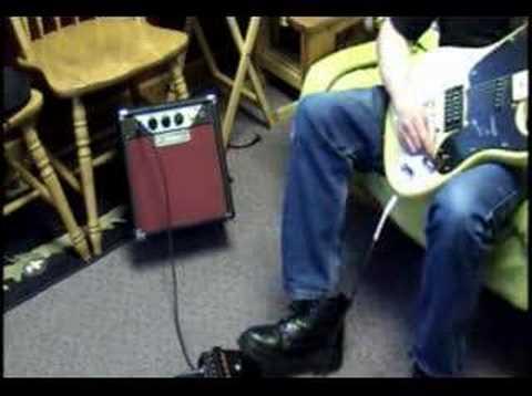 D-Lab Valiant Tube Practice Guitar Amp Demo Fender Squire