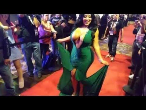 AVN awards 2018 feat. Kiara Mia pt. 2