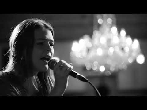 Maggie Rogers - I Wanna Dance With Somebody (Whitney Houston Cover)
