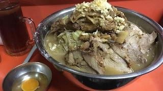 大食い→富士丸神谷本店で国産豚めん麺増し茹で前1.5キロ脂ヤサイオオメを食べた。 thumbnail