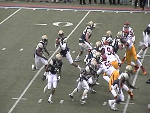 Quarterback pass to halfback NCAA Football Sun Bowl Play