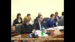На межевание земельных участков для многодетных муниципалитеты получат 20 млн. рублей(, 2013-10-10T08:38:53.000Z)