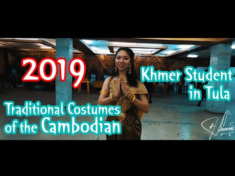 Cambodian Students In Russia Wear Traditional Costumes Of The Cambodian