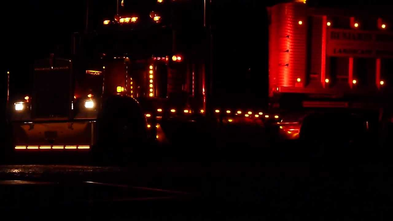 2003 Kenworth W900L All Lit Up
