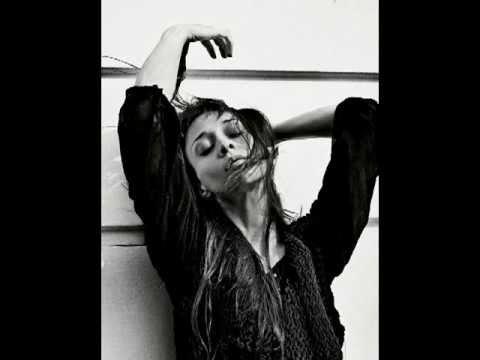 Fiona Apple_Werewolf (lyrics on screen + pics)
