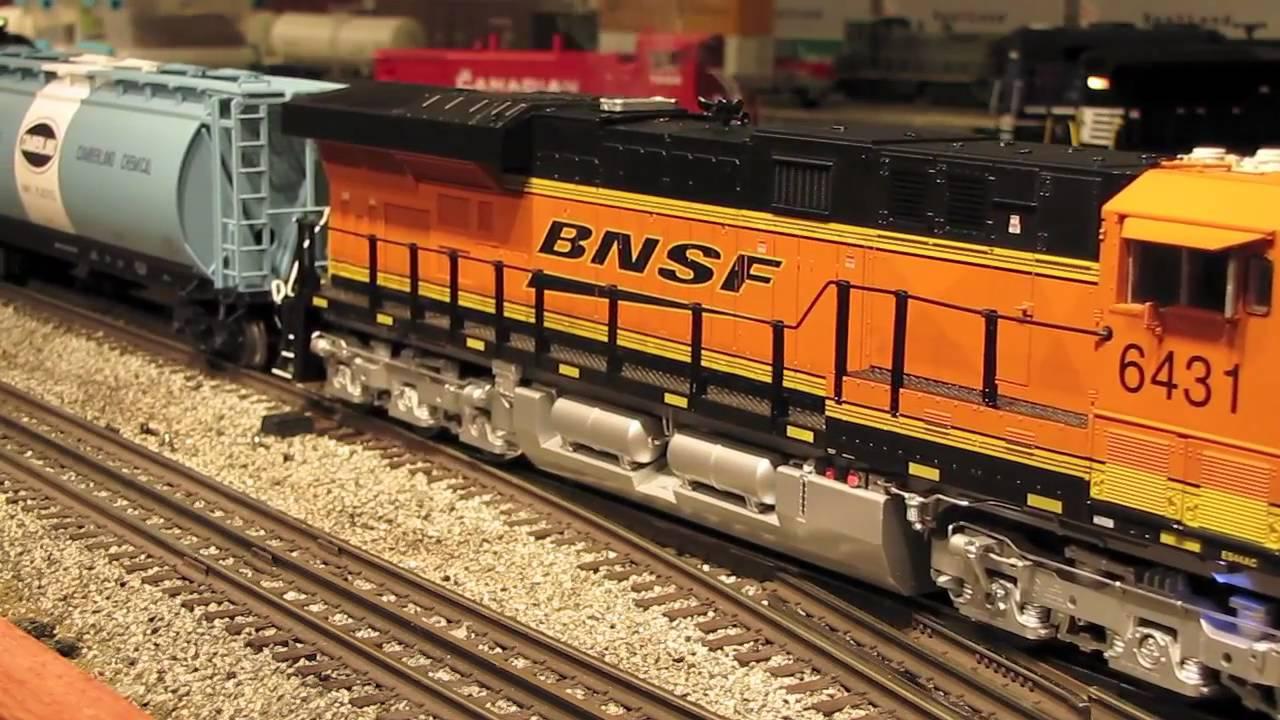 SOLD!!!!! //// LIONEL BNSF DASH 9 WITH TMCC | O Gauge Railroading ...