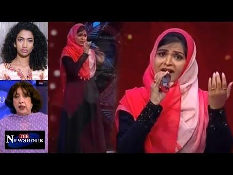 Muslim Girl - Suhana Sings Bhajan In TV Show - Trolled: The Newshour Debate (8th March 2017)