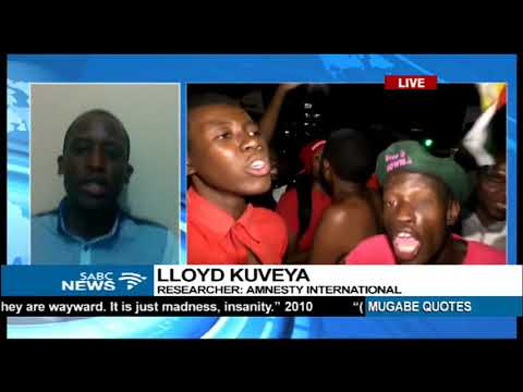 Zimbabweans celebrate the end of Mugabe's reign (Reaction)