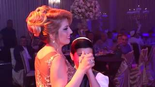 Сын и дочь поют маме