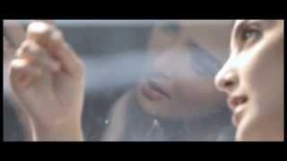 Gambar cover Ashanty - Sangat Berbeda (Official Video)
