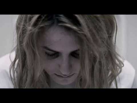 Halloween II (2009) - Ending (Nan Vernon - Love Hurts)