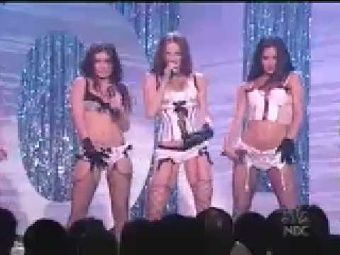 Pussycat Dolls et Carmen Electra Last call
