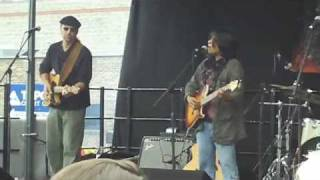 Watch Vicci Martinez Live So Happily video