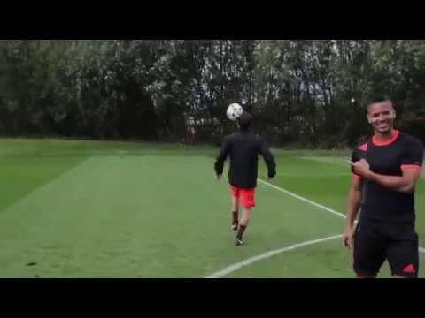 Juan Mata Showed Off Amazing Ball Control...