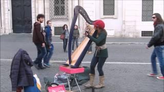 Repeat youtube video Street artist Harpist plays Yann Tiersen Comptine d'un autre été (cover)