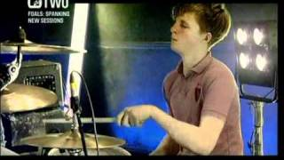 Foals - Balloons (spanking new sessions MTV2)