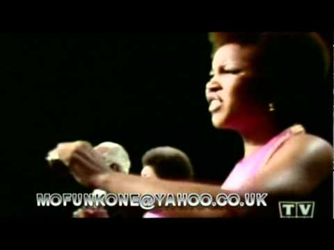 THE STAPLE SINGERS - I'LL TAKE YOU THERE. TV PERFORMANCE 1971.