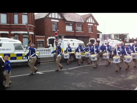 Return parade to end Twaddell dispute past Ardoyne shops, Mountainview and the Dales!