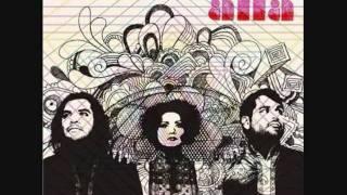 Allá - Una Dia Otra Noche