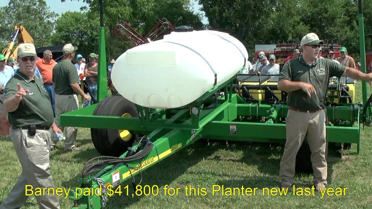 Cole planters prices - Hot Bidding On 2011 Jd 1780 6 11 Planter On Ohio Farm Auction