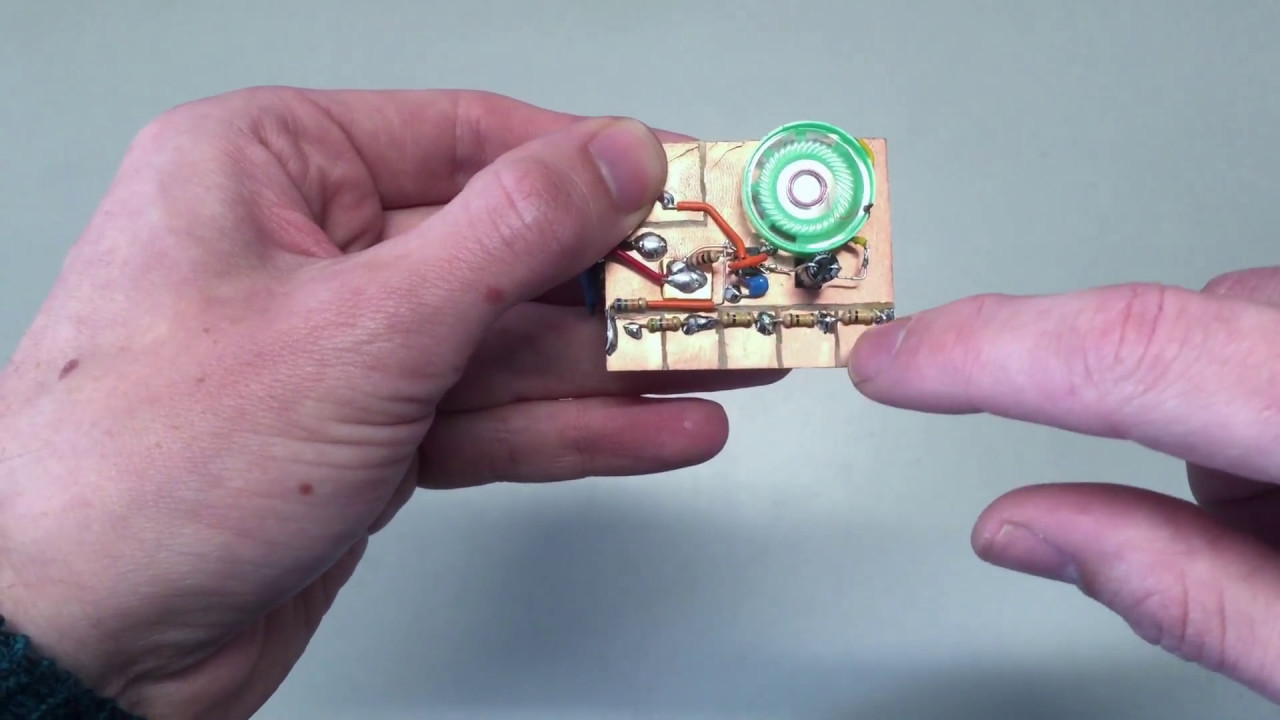 Mini PCB touch piano using 555 timer IC - YouTube