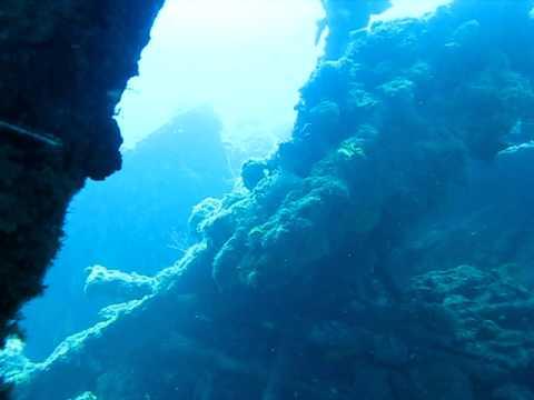 Diving the wreck of the Cristobal Colon (1898) Santiago de Cuba