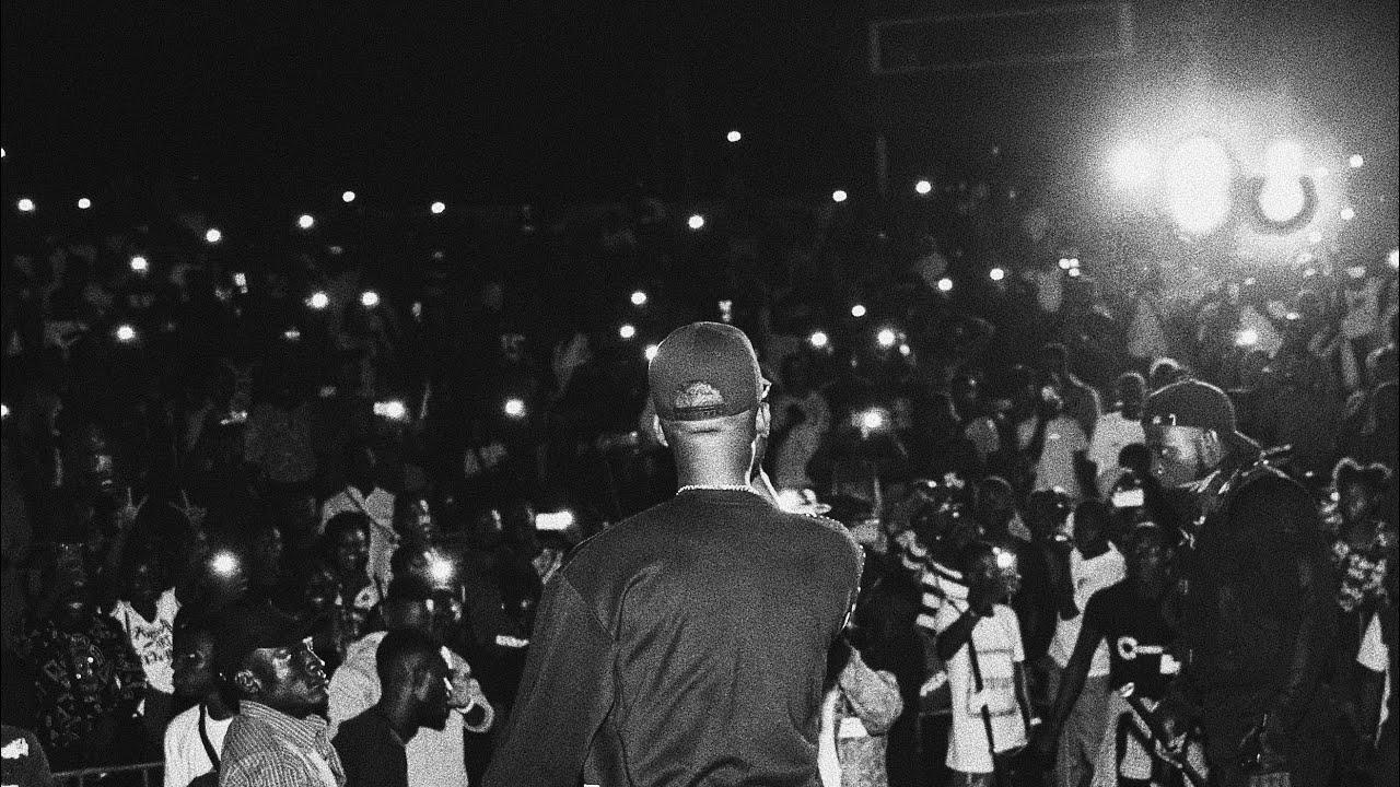 SHAGGI gives us DAVIDO MASHUP #fuji #music #brodashaggi #comedy #oyahitme #nigeriamusic #laughs