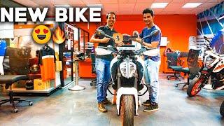 Video 2017 KTM Duke 390 White | Taking Delivery | Mumbai, India download MP3, 3GP, MP4, WEBM, AVI, FLV November 2018
