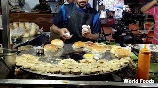 BURGER MAKING | Super Fast Cooking Skills | Egg Anda Bun Kabab at Street Food of Karachi Pakistan