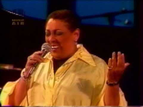 """CARMEN MCRAE LIVE 1986 ANTIBES/ """"My Romance-That Old Black Magic-Sophisticated Lady & More"""""""