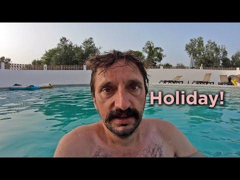 Private Villa in the Algarve // Portugal Travel Vlog