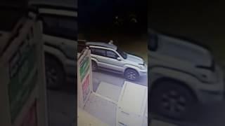 Порезали все 4 колеса на Мечникова