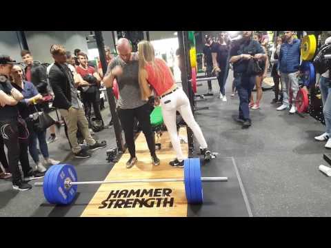 Fit One Fitnessstudio Eröffnung mit Karl Ess & Sido in Wien 23. Bezirk Fr 26.05.2017  Teil 2