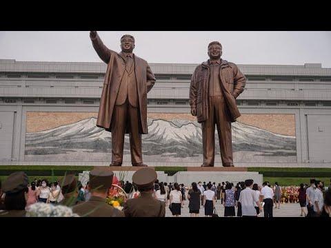 شاهد.. كوريا الشمالية تحيي ذكرى وفاة مؤسسها كيم إيل سونغ…  - نشر قبل 1 ساعة