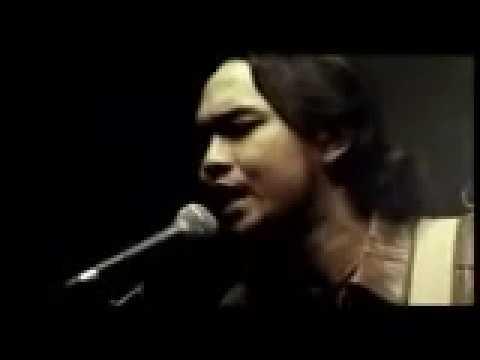 Romeo - Mati Bersamamu (Official Video Clip)