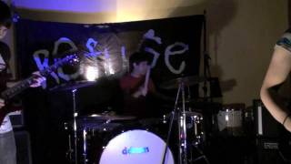 """Metric """"Black Sheep"""" Cover by The Vens"""