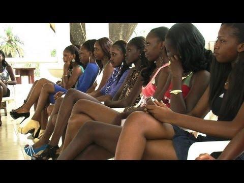 Trouvez le bonheur avec Unicentre 22 (Saint-brieuc / Langueux - Côtes d'Armor) TiVi Guidede YouTube · Durée:  3 minutes 2 secondes