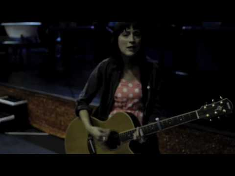 paper-aeroplanes-pick-me-acoustic-paper-aeroplanes-official