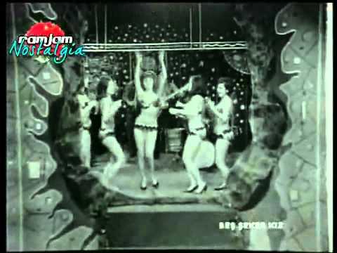 Fatma Girik - Kundurama Kum Doldu