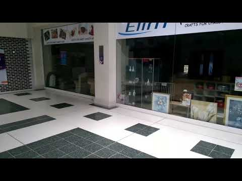 The Deadest OPEN Shopping Mall Ever?