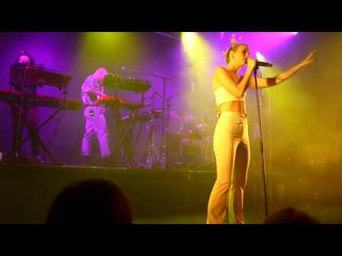 Broods - Peach @ Dome Tufnell Park - London