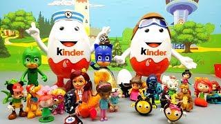 LE SORPRESE NASCOSTE DAI PJ MASKS DENTRO LE UOVA KINDER GIGANTI - Episodio con bambole e giocattoli