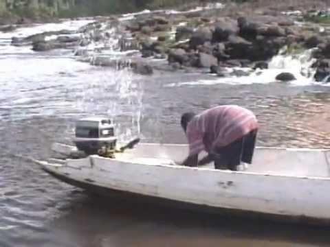 Een bezoek aan Palumue en omgeving (Suriname) in 1996
