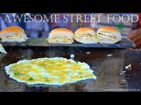 Road Side Egg Wala in Mumbai   Street Food Mumbai   Famous Egg Center.