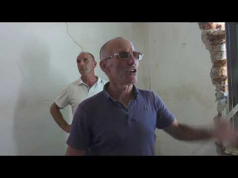 Banorët e dëmtuar nga tërmeti në Rrushkull të Durrësit: Po abuzojnë me fatkeqësinë from YouTube · Duration:  1 minutes 32 seconds